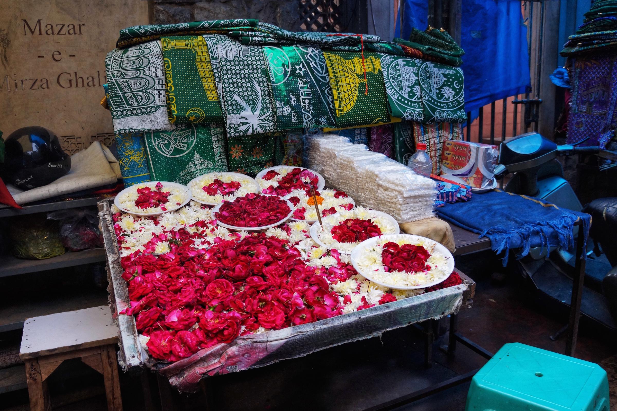 A local stall in the Nizamuddin West neighborhood.