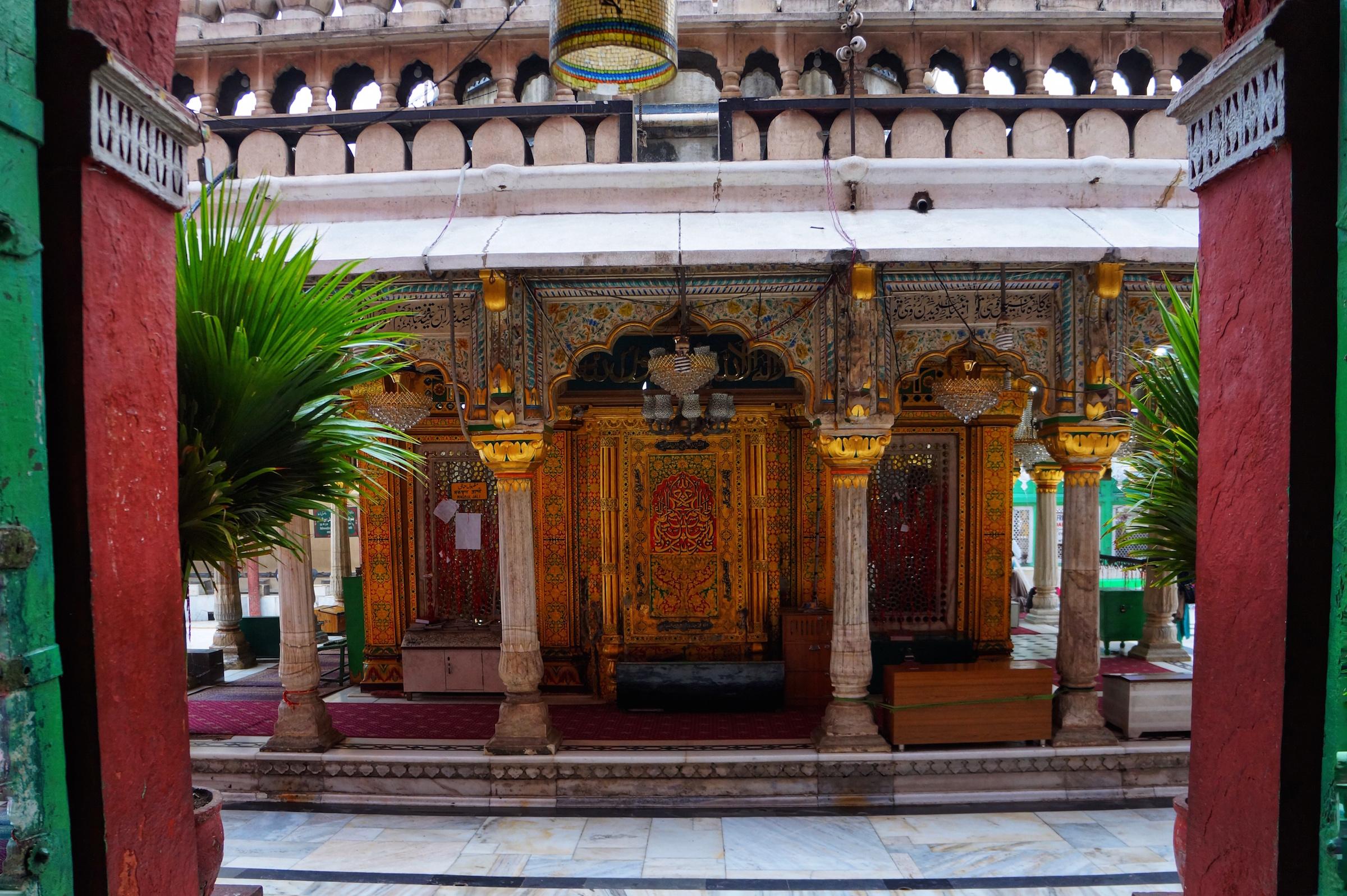 A view from within the Jama 'at-Khana-Masjid in Nizamuddin West, Delhi.
