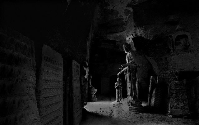 After the religious community of Maijishan departed, most of Maijishan fell into neglect. In the absence of artificial lighting, this grotto has fallen into darkness. ©Maijishan Grotto Art Institute and Global Heritage Fund